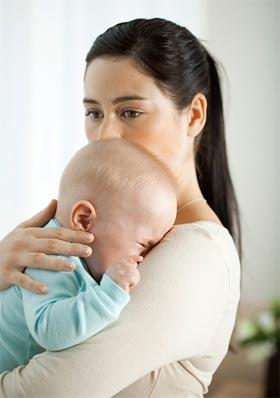 Как промывать нос физраствором грудничку при насморке